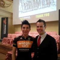 Giorgia con Joshua Riddle, press manager di Campagnolo