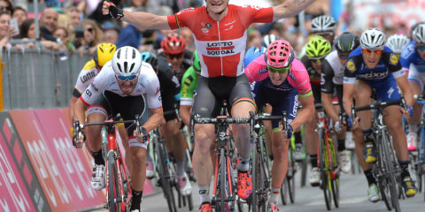 Andre Greipel of Lotto Soudal win the seventh stage of the Giro d'Italia 2016, Sulmona to Foligno 211 km, Italy, 12 May 2016 ANSA/LUCA ZENNARO